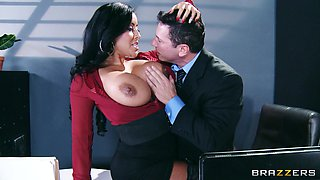 Office sex on the table with chubby Kiara Mia in stockings
