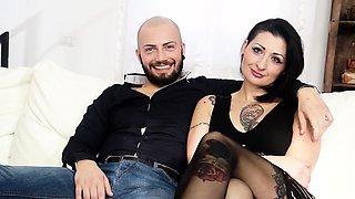 CASTING ALLA ITALIANA - Alternative babe fucked in audition