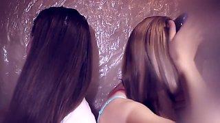 ASMR Combing hair Shampoo Brushing Two Sisters