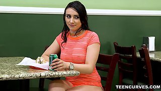 Flexible mandy muse passionate lovemaking in deli toilet
