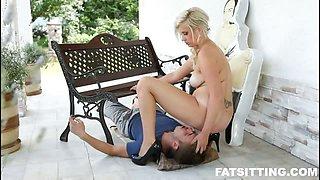 Skillful fat mistress facesitting