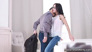 She Is Nerdy - Nika - Botanical connection for casual sex