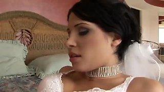 Brunnete bride