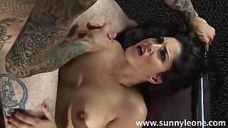 Indian Famous Porn Icon Sunny Gets Her Juicy Pussy Pumped Hard