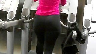 Big fat ass walking