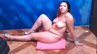 aunty MILF naked big ASS latina 4