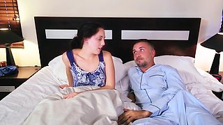 Pornstar Briana Banks thanks a married man by cock riding on bed