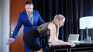 Boss Give Discipline To Obedient Slut Secretary