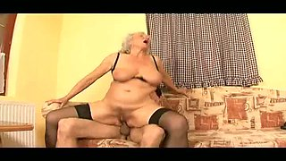Sexually aggressive granny Maria loves reverse cowgirl and the spoon