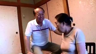 Asian Granny Kurosaki Reiko fucked hard
