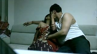 This chubby dude manages to seduce his wife for a quickie