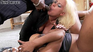 A must watch interracial FFM threesome shoot