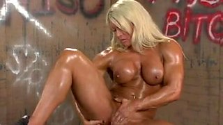 Blond Amazon With Large Clit