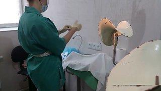 nurse latex surgical gloves
