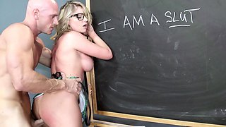 Teacher is surprised with sexual skills of horny student girl