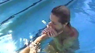 Les pool fun foot fun