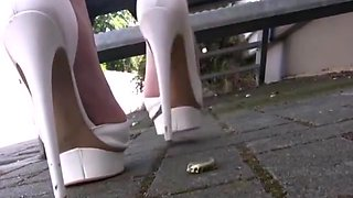 Mouthwatering blonde teasing & showing in high heels
