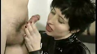 I adore to dominate my boydriend tearing his manly hands