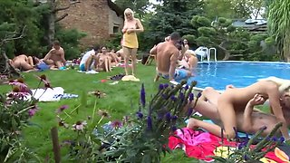 XY OUTDOOR ORGY WITH THE WIVES HD