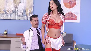 The Candy Stripper Plays With Huge Erectred Dick Of Doctor - Tia Cyrus