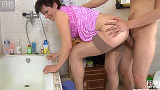 ELSA RUSSIAN MATURE MAID