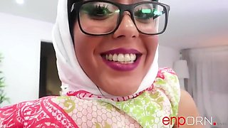 Aysha Dama - Hijab Muslim Scenario #77