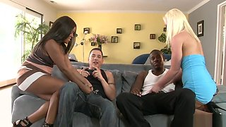 swingers and swappers 7 scene 1